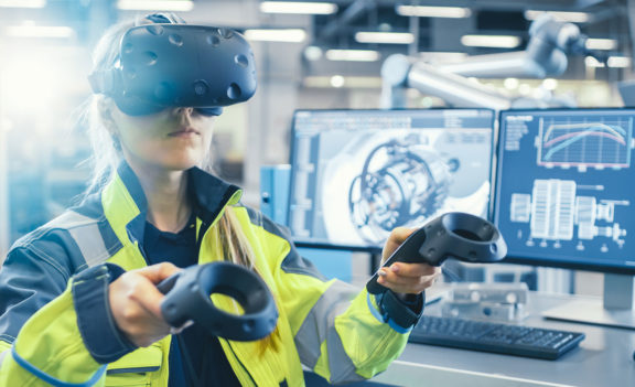 2D, 3D and Virtual Reality: Creating the Natural Way to Work